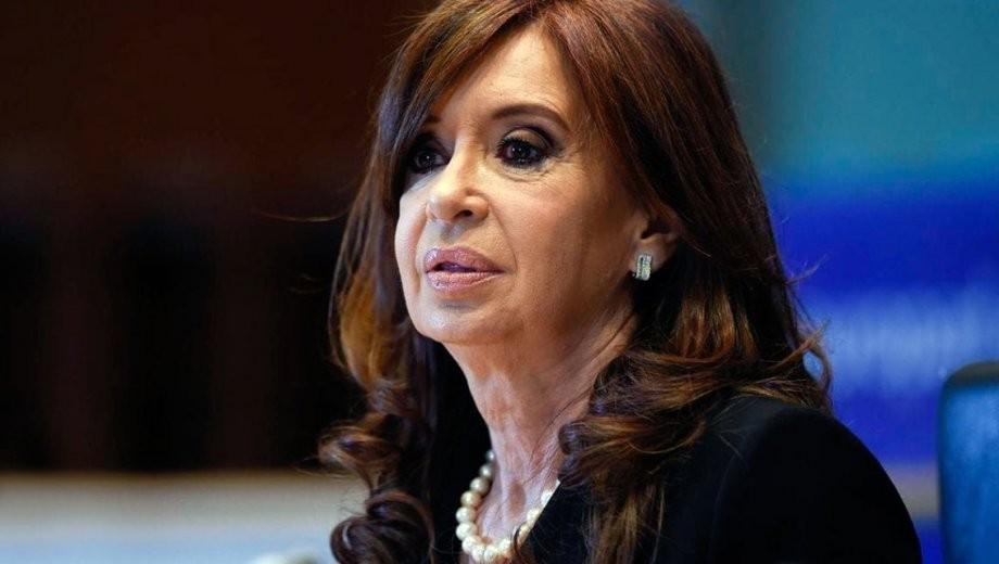 Autorizan a Cristina Fernández a no concurrir a las audiencias del juicio por la obra pública