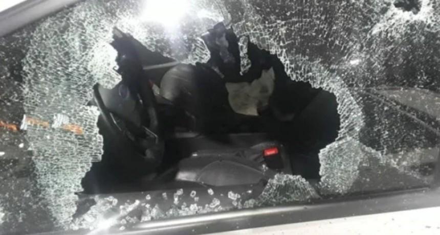 Emboscaron y balearon al jefe de la Policía Federal de Santa Fe en la autopista Buenos Aires - Rosario