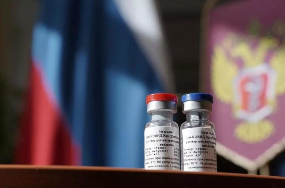 Confirman que la vacuna rusa contra el Covid-19 crea anticuerpos y es segura