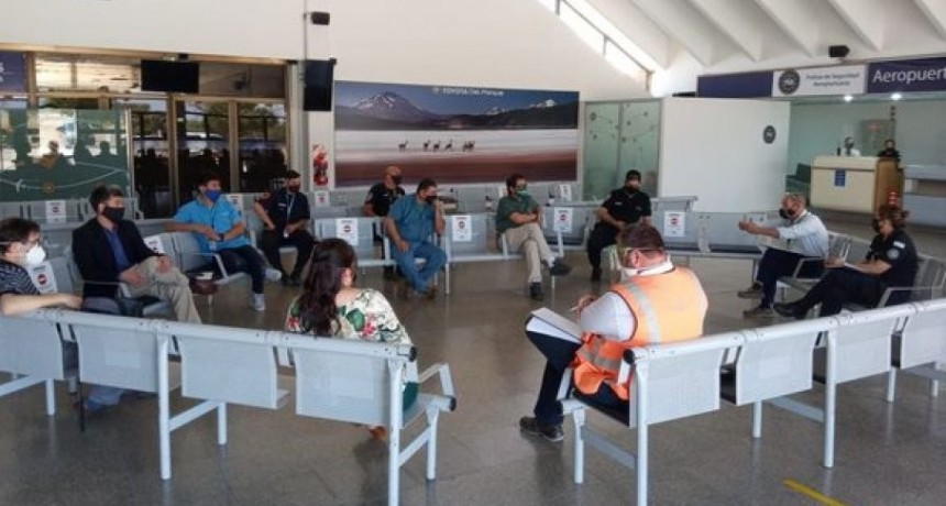 Salud se reunió con referentes de Aerolíneas Argentinas para trabajar sobre el regreso de los vuelos