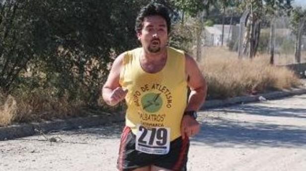 Atleta del medio,murió tras ser apuñalado por su hijastro en 2013