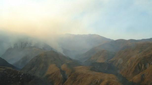 Importante Incendio forestal en Villa Vil
