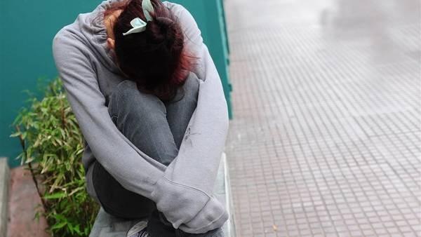 Detienen a un hombre acusado de violar a su hija de 15 años