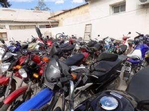 Secuestran mas de 50 motos conducidas por menores