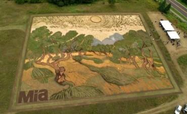 Reproducción gigante de un cuadro de Van Gogh en un campo de Minnesota