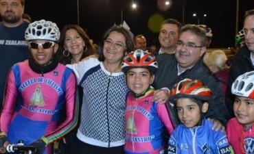 Corpacci y Jalil dejaron inaugurada la pista de ciclismo