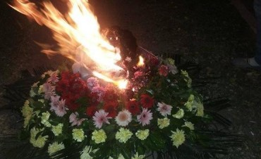 Quemaron corona de flores que envió Capitanich al funeral del militante fallecido