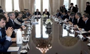Macri encabeza una reunión de gabinete en la Casa de Gobierno