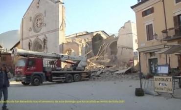 Fuerte Terremoto Sacudió el Centro de Italia