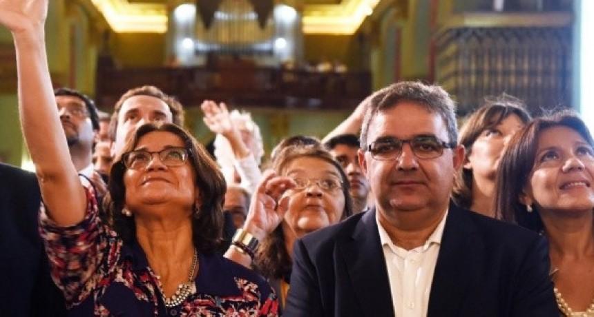 No hable todavía con Lucia pero si es candidata a Gobernadora LA VOTO