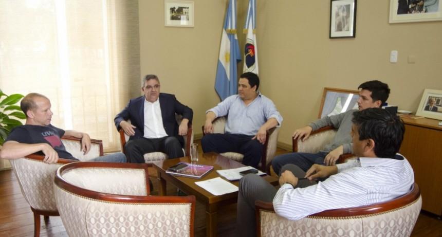 El Concejo aprobó el traspaso optativo de sus empleados al Ejecutivo Municipal