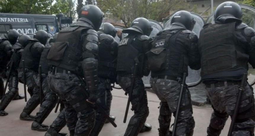 Revoltosos emboscaron móvil policial en la zona Norte