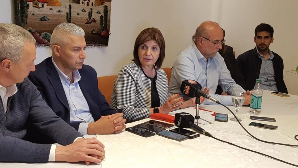 Bullrich en Catamarca pasó por Gendarmería y destacó la labor contra el narcotráfico