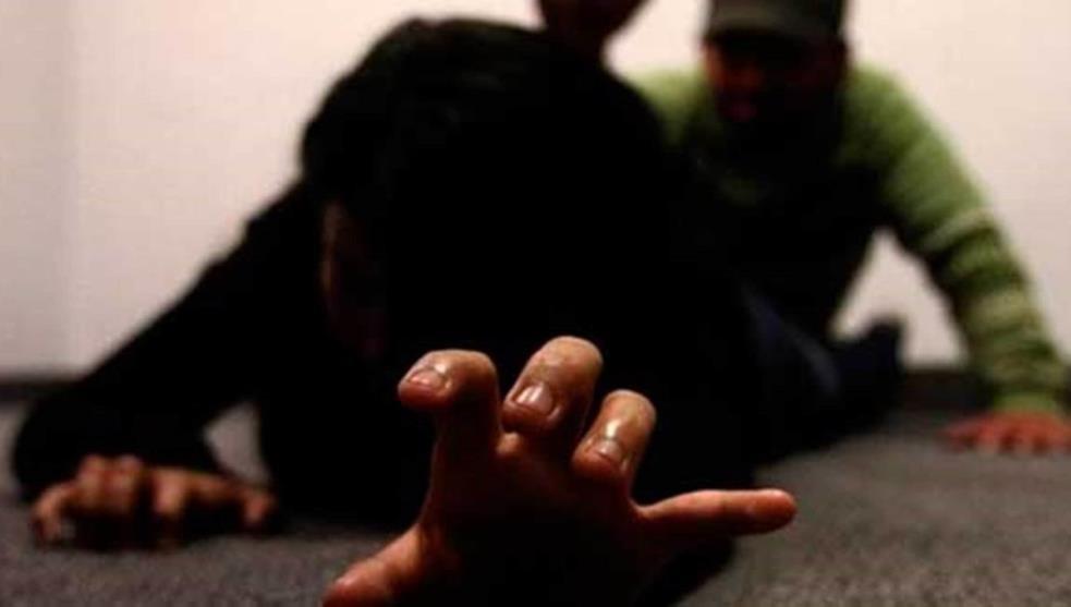 Abusaron sexualmente de una estudiante universitaria y una adolescente de 14 años