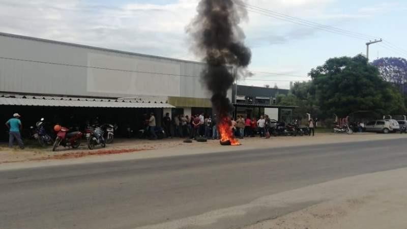 Protesta por despido de 24 trabajadores en Alco
