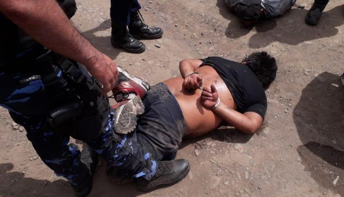 Persecución y tiroteo en violento asalto: Un herido de bala y 5 peligrosos ladrones detenidos