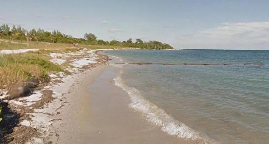 Un chico de 17 años murió ahogado mientras salvaba a una mujer y su hijo que aprendían a nadar