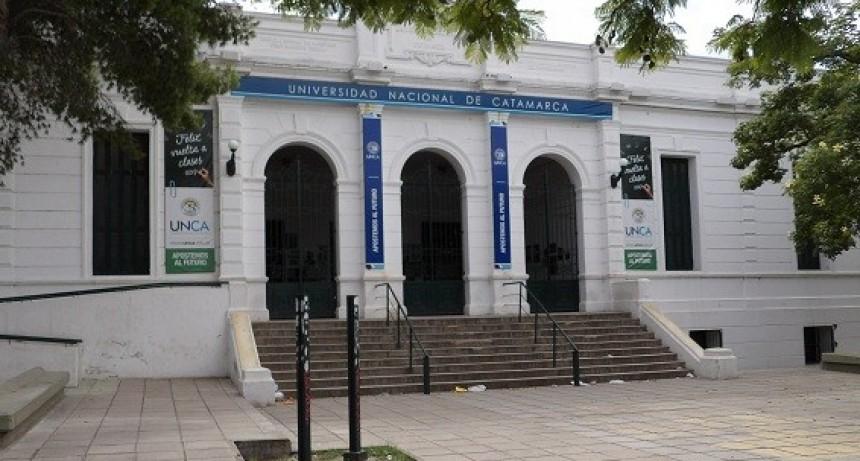 Universitarios continúan con los reclamos por el pago del bono nacional