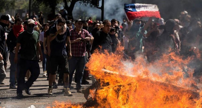 Violencia en Chile: ascienden a 13 los muertos por las protestas en todo el país