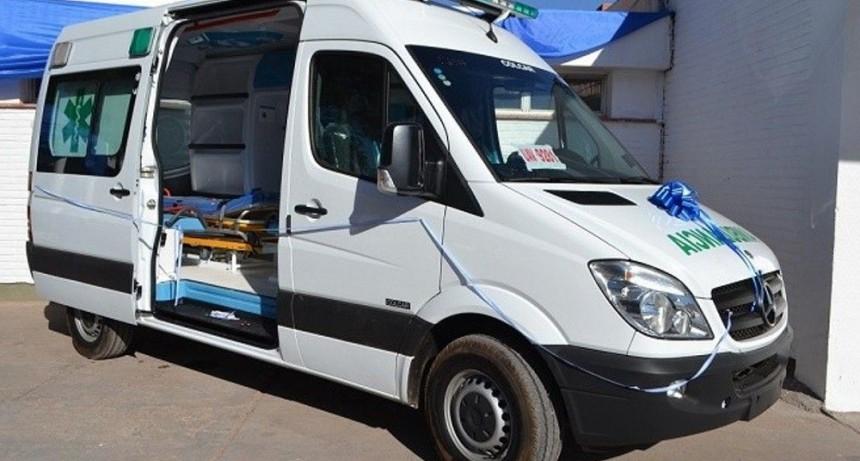 Barrionuevo recuperó una ambulancia abandonada en Tucumán  y que fuera donada a Tinogasta