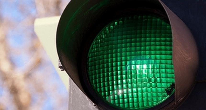 Avenida Güemes ya tiene onda verde en todo su recorrido
