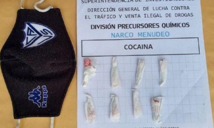 PARAGUAY: ¿Un práctico? Dealer le hizo un bolsillo interno a un barbijo para llevar cocaína