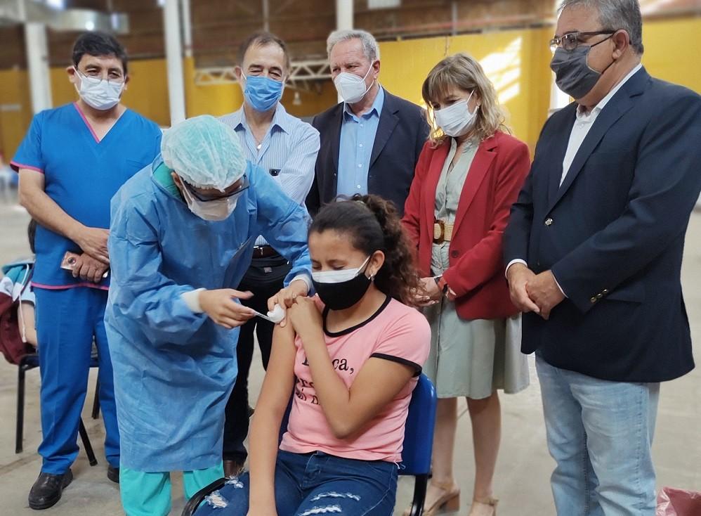 Comienza la vacunación a menores sin factores de riesgo en Catamarca Capital