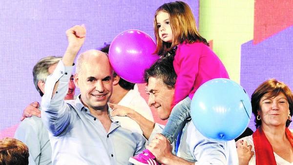 Mauricio Macri: Mi hija me preguntó si es verdad que los huevos Kinder van a venir sin sorpresas