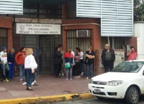 Protesta frente a fiscalia: Familiares del niño que sufrió intento de abuso se manifestaron