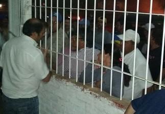 Fuerte protesta de empleados municipales  de Recreo