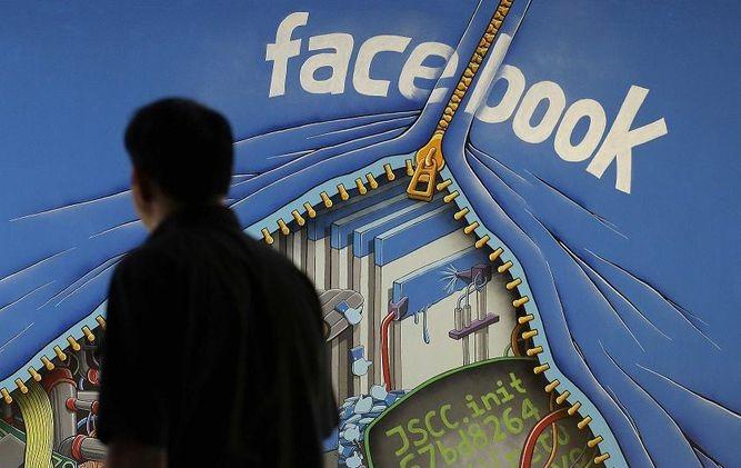 Google y Facebook recortan ingresos publicitarios de sitios de información falsos
