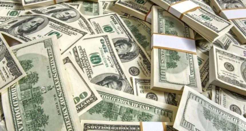El dólar bajó nueve centavos a $ 39,54 ayudado por contexto global y licitaciones del Tesoro