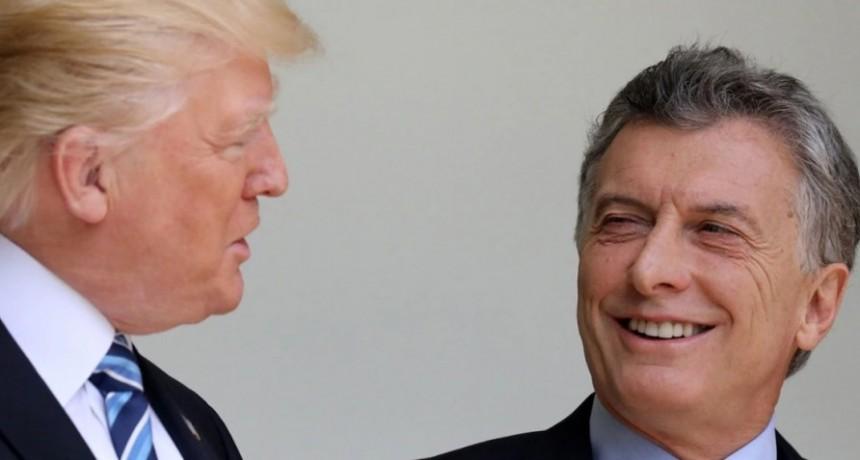 Donald Trump llegó a la Argentina y tratará con Mauricio Macri la agenda del G20, el comercio bilateral y el terrorismo regional