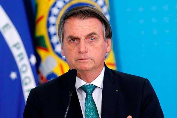 Jair Bolsonaro anunció que tres empresas multinacionales cerrarán sus plantas en Argentina para instalarse en Brasil