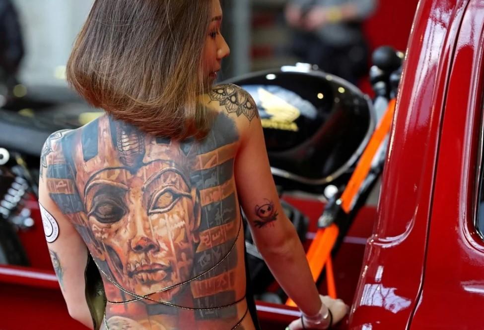 Convención Internacional del Tatuaje y récord mundial de piercing