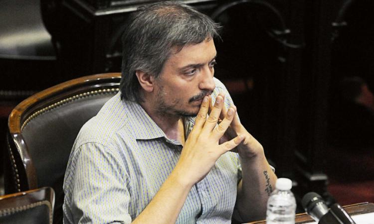 Máximo Kirchner debió aislarse al ser contacto estrecho de un positivo de Covid-19