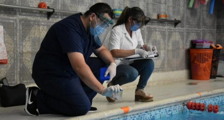 El municipio inició los controles en natatorios de la ciudad