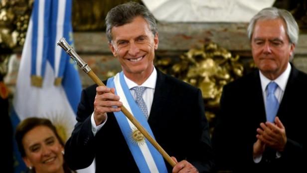 Alto encendido en la televisión por la jura de Mauricio Macri como Presidente de la Nación