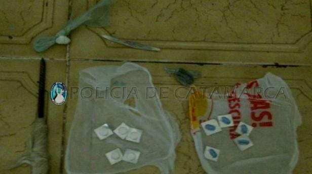 Lo detuvieron por robo y le encontraron drogas