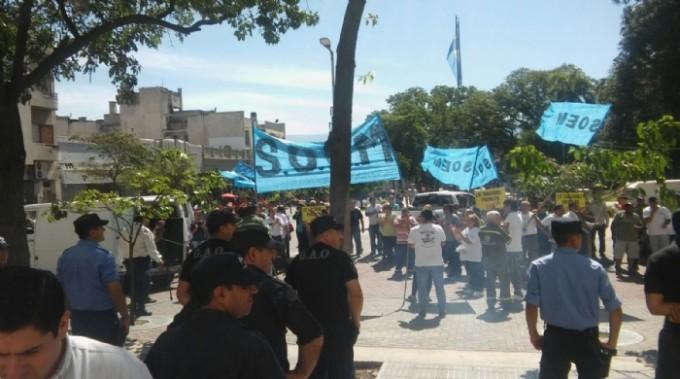 Denuncias penales por agresión a policías y manifestación desmedida