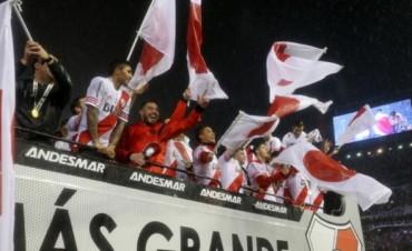 River empapeló Buenos Aires con carteles alusivos a Japón