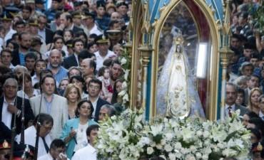 Lucía Corpacci participó de la Sagrada Procesión de la Morena Virgen del Valle