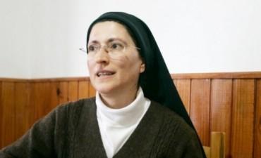"""""""La monja de las travestis"""", reconocida por la Federación para la Paz Universal"""