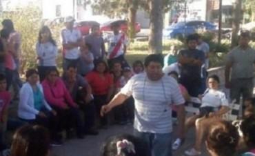 Fiambalá: Empleados municipales piden por estabilidad laboral