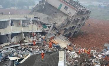 Gigantesco alud en China: al menos 59 personas desaparecidas