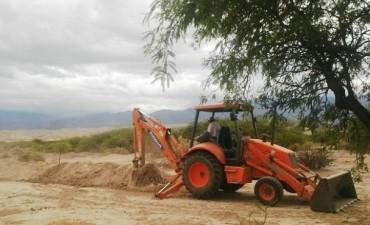 Agilizan trabajos para solucionar problema de agua en Santa María