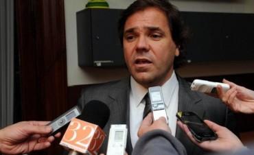 Prohíben salir del país e inhiben los bienes de Alberto Pérez