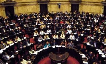 Diputados cambian la fecha de sus pasajes para votar Ganancias