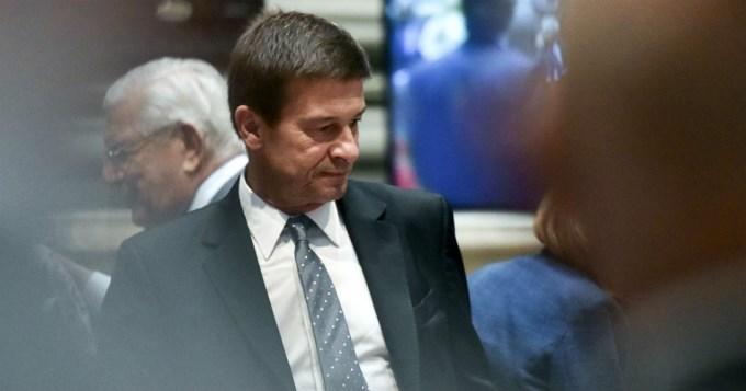 El juez Ercolini separó del cargo a su secretario