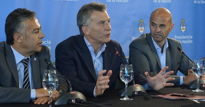Para Macri, lo de la oposición es